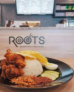 Finding good nasi lemak is so easy nowadays at KK city. Love the crispy fried chicken serve with the nasi lemak at @rootscafekk opposite Sabah Tourism building. Generous with the portion and add on sambal at no cost. RM12