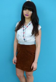 Vintage 70s St Michael Embroidered Peasant Crop Blouse