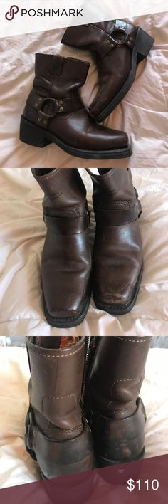 Authentic Harley Davidson Brown Moto Boot Authentic Harley Davidson Moto Boot. Size 7.5. Dark Brown. Some scuffs and early stages of being broken in Harley-Davidson Shoes Combat & Moto Boots