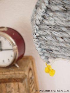 abat-jour en laine par la Princesse aux bidouilles DIY