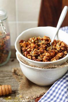 NUTTY GRANOLA – Bea's cookbook