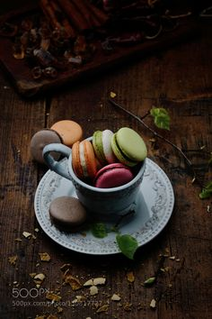 Pic: Macarons in a cup