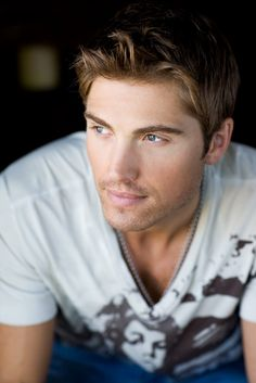 Eric Winter. No idea who he is, but who cares?