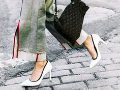 Our editors could walk in these shoes all day. Shop their go-to comfortable heels here.