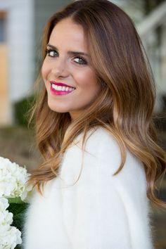 Gorgeous brown hair with subtle golden highlights | Gal Meets Glam