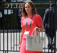Tennis star Andy Murray's wife, Kim Sears' fashion sense has taken the Wimbledon by storm each other. Here are some of her bikini pictures. Andy Murray Wife, Tennis Stars, Bikini Pictures, Duchess Kate, Wimbledon, Hermes Birkin, Body Measurements, Michael Kors Jet Set, Cool Style