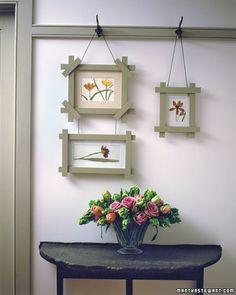 Hanging frames from hooks