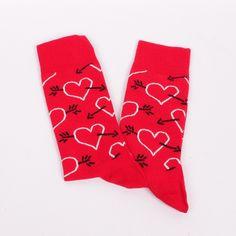 Ефектно декорирани мжки червени чорапи. Много красиви и стилни - изработени от памук. С този прекрасен модел можете да изенадате своя любим и той ще бъде очарован.