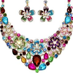 Formal Necklace Sets ❤ liked on Polyvore featuring jewelry, necklaces, prom jewelry, set necklace, prom necklaces, rhinestone necklace and bridal jewellery