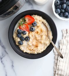 Here's how to cook oatmeal in your Instant Pot! Instant Pot Oatmeal turns out perfectly every time when you follow these tips. #instantpot #oatmeal #healthybreakfast #pressurecooking #instantpotrecipes #glutenfree #vegan #vegetarian #breakfast #detox #easyrecipe Vegan Gluten Free, Dairy Free, Whole Food Recipes, Vegan Recipes, Best Meat, Vegetarian Breakfast, Vegan Vegetarian, Pressure Cooking, Instant Pot