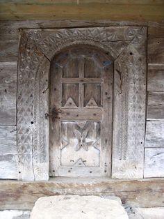 Romania, Cabin, Doors, Collection, Home Decor, Homemade Home Decor, Cabins, Cottage, Decoration Home