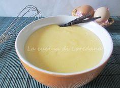 La Crema pasticcera è una preparazione base della pasticceria, ottima da sola, ma ideale per arricchire torte e pasticcini, brioches, crostate e bigné