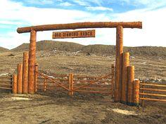 Wooden Ranch Gates and Signs Farm Gate, Farm Fence, Fence Gate, Farm Entrance, Driveway Entrance, Driveway Ideas, Farm Projects, Outdoor Projects, Ranch Fencing