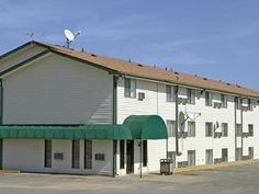 Liberty (MO) Super 8 Motel Liberty NE Kansas City Area United States, North America Located in Liberty, Super 8 Motel Liberty NE Kansas City Area is a perfect starting point from which to explore Liberty (MO). Offering a variety of facilities and services, the hotel provides all you need for a good night's sleep. Service-minded staff will welcome and guide you at the Super 8 Motel Liberty NE Kansas City Area. Each guestroom is elegantly furnished and equipped with handy amenit...
