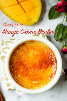 So much yum! This delicious mango crème brûlée will satisfy your sweet tooth. This version is dairy free. Mango Dessert Recipes, Fruit Recipes, Delicious Desserts, Yummy Food, Mango Recipes No Sugar, Cold Desserts, Fudge Recipes, Sweet Desserts, Cream Brulee
