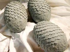 Step-by-step description of building replica dragon eggs