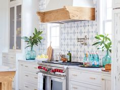 3 Utterly Gorgeous—and Insanely Innovative—Coastal Kitchens | These beach house cookspaces are seriously sensational—and we've got the secret ingredients behind them. Get ready for major kitchen inspiration.