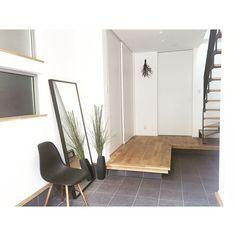 Minimal Home, My House, Entrance, Minimalism, New Homes, Interior Design, Mirror, Furniture, Home Decor
