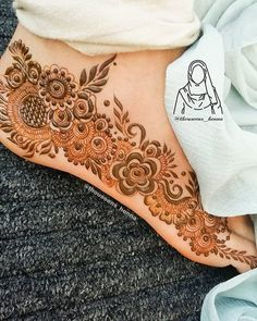 Here is the complete list of beautiful simple mehndi designs to make your lovely hands more amazing. Modern Henna Designs, Rose Mehndi Designs, Basic Mehndi Designs, Latest Bridal Mehndi Designs, Legs Mehndi Design, Mehndi Designs For Beginners, Mehndi Designs For Girls, Wedding Mehndi Designs, Mehndi Designs For Fingers