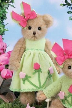 "Bearington Collection 14"" TIFFANY TULIP Bunny Rabbit by Bearington Collection, http://www.amazon.com/dp/B007HCQVHU/ref=cm_sw_r_pi_dp_ylKmrb0R3AR5Y"