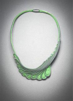 "Zipper Necklace Jewelry ""Lift"""