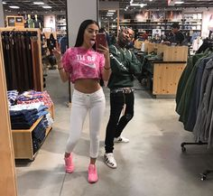 Shopping with ex! Malu Trevejo Outfits, Trendy Outfits, Fashion Outfits, Leila, Summer School Outfits, Teen Fashion, Womens Fashion, Photos, Inspired Outfits