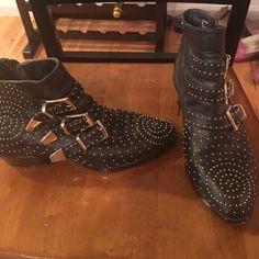 Steve Madden stud booties Steve Madden studded booties warn size 8 Steve Madden Shoes Ankle Boots & Booties
