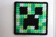Minecraft Plastic Canvas Pattern  Creeper by CarabelleShoppe, $3.50