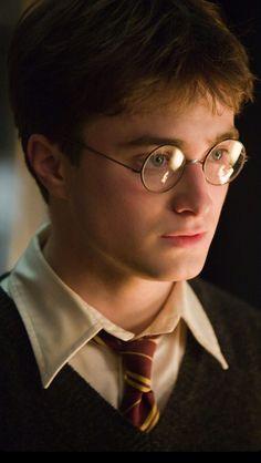 Harry James Potter, Magia Harry Potter, Daniel Radcliffe Harry Potter, Harry Potter Icons, Mundo Harry Potter, Harry Potter Feels, Harry Potter Tumblr, Harry Potter Pictures, Harry Potter Aesthetic