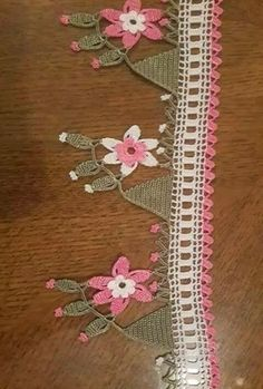 91 TANE TIĞ İŞİ KENAR ÖRGÜLERİ VE DANTELLERİ | Nazarca.com Needlework, Diy And Crafts, Lace, Womens Fashion, Handmade, Crochet Shawl, Crocheted Scarf, Crochet Stitches, Dish Towels