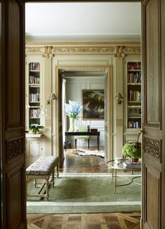 central London home decorated by Paolo Moschino for Nicky Haslam