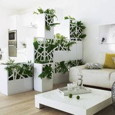 Room divider ideas - home design inspiration Indoor Plant Wall, Indoor Garden, Corner Table, Indoor Flowers, Office Plants, Interior Exterior, End Tables, Decoration, House Design