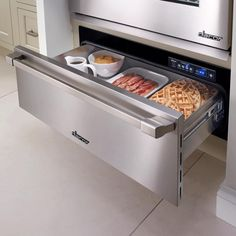 Dacor Renaissance 36 Epicure Warming Drawer in Stainless Steel with Chrome Trim Kitchen Tops, Diy Kitchen, Kitchen Decor, Kitchen Ideas, Backyard Kitchen, Kitchen Pantry, Kitchen Stuff, Design Kitchen, Country Kitchen
