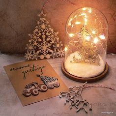 Calico Craft Parts: A Quick Christmas Card, Some Ornaments and Festive Home Decor - by Claudia Christmas Mood, Christmas Themes, Chalky Finish Paint, Lace Painting, Advent Season, Christmas Preparation, Quick Cards, Christmas Projects, Festive