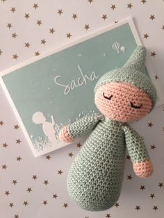 Handmade by E ★: Crochet sleeping pad Amigurumi Patterns, Amigurumi Doll, Crochet Patterns, Diy Crochet, Crochet Dolls, Baby Accessoires, Baby Knitting, Baby Love, Crochet Projects