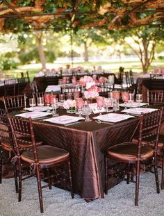 Mahogany chiavari chairs and espresso linens brought drama to the outdoor reception. Guest dined under a canopy of lush vines. Photo by Shelly Kroege Wedding Reception Tables, Wedding Receptions, Reception Decorations, Reception Ideas, Free Wedding, Wedding Pics, Trendy Wedding, Wedding Ideas, Dream Wedding