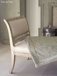 Day bed with De Le Cuona throw. Tone on Tone