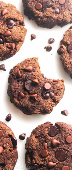 Healthy Low-Carb Double Chocolate Chip Cookies -- SO chewy & just 65 calories! Sugar-free, gluten-free & clean eating too! @amybakeshealthy