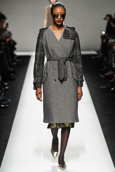 Fall 2014 Ready-to-Wear - Max Mara.  Use Wool make a wind coat. The different fabric and cool color can give women morden and handsome.
