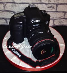Cake-camera Canon - Cake by Ella Edible Creations, Cake Creations, Fancy Cakes, Cute Cakes, Beautiful Cakes, Amazing Cakes, Cake Cookies, Cupcake Cakes, Camera Cakes