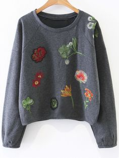 To find out about the Dark Grey Floral Embroidery Casual Sweatshirt at SHEIN, part of our latest Sweatshirts ready to shop online today! Sweat Shirt, Grey Sweatshirt, Sweatshirts Online, Hooded Sweatshirts, Budget Fashion, Kids Fashion, Winter Blouses, Embroidered Sweatshirts, Knitwear