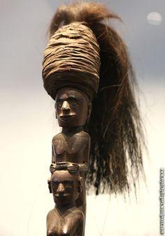 Ulos Batak, Lake Toba, Southeast Asian Arts, Black Magic, Seas, Statues, Fingers, Ethnic, Southern