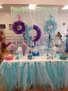 Festa de aniversário infantil Frozen