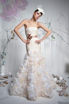 Nadia - Suknia ślubna, ręcznie drapowana, fason syreny