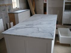 kitchen countertops venatino granite!