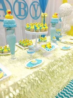 rubber-ducky-baby-shower table clothes amazing                              …