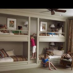 Love built in bunk beds!! A must do someday!
