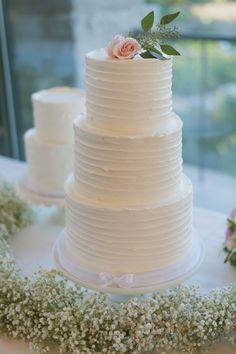 Elegant Outdoor Texas Wedding - MODwedding