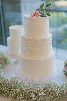Elegant Outdoor Texas Wedding from Day 7 Photography - wedding cake idea
