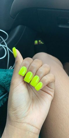 Most Popular Neon Orange Nails Short Square 65 Ideas Short Square Acrylic Nails, Summer Acrylic Nails, Cute Acrylic Nails, Square Nails, Acrylic Nails Orange, Aycrlic Nails, Manicure, Neon Nails, Neon Orange Nails